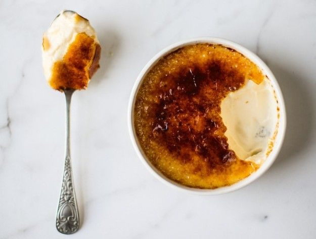 As Paris Pastry Club  author Fanny Zanotti herself remarks, there's not much to say about crème brûlée that hasn't already been said. Its mild, creamy sweetness is a true delight; it's rare to find a person who doesn't like it. The recipe simple, but this preparation remains unique: a single serving of crème brûlée, served in its very own ramekin.