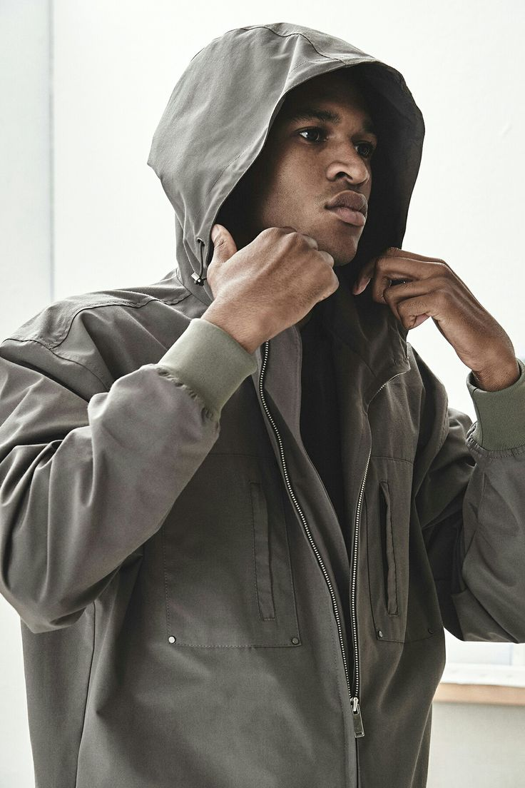 BERKHAN = JUMPSUIT HIPHOP MILITARY SPORTS menswear menstyle menslook designer brand style black = culture people man men  벌칸 패션 디자이너브랜드 아트워크 아트 문화 흑인 모델 협찬  남자옷 남성복 남자스타일 남성스타일