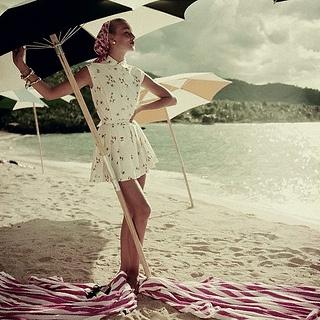 Roger Prigent, 1954: Roger Prigent, Summer Dresses, Beaches Umbrellas, Beaches Photo, Style, Beaches Time, Vintage Fashion, Old Photo, Vintage Vogue