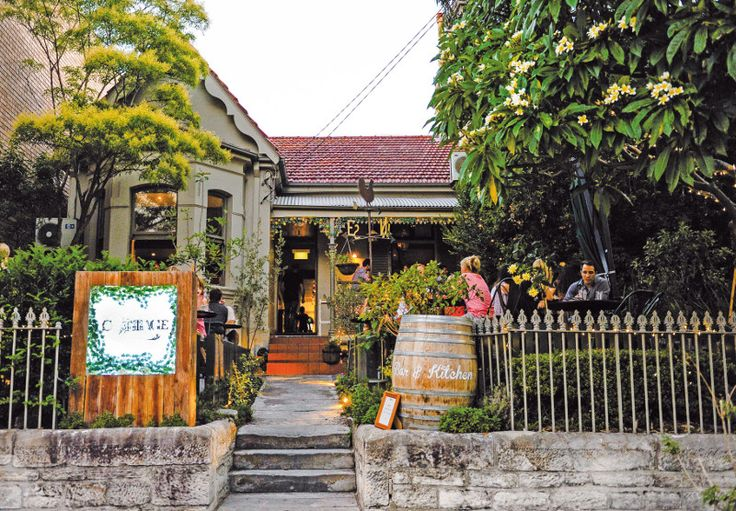 The Cottage bar and grill, Balmain
