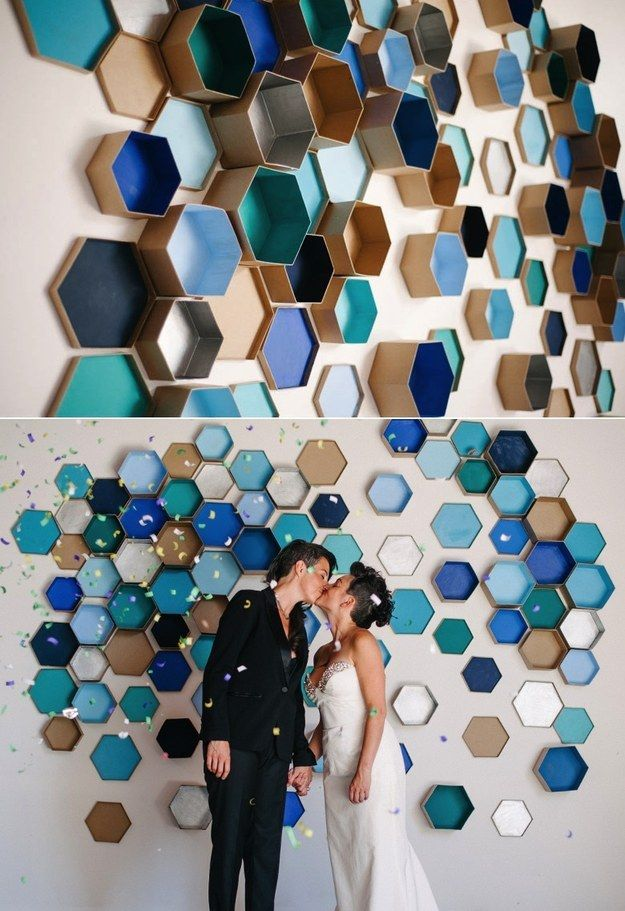 Crear arte de la pared geométrica con cajas hexagonales. | 29 Impossibly Creative Ways To Completely Transform Your Walls