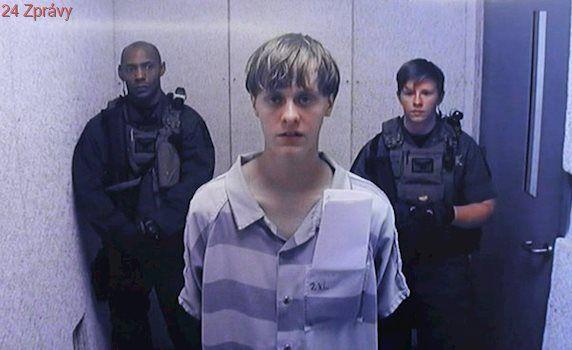 Střelec z Charlestonu Dylann Roof dostal za masakr v kostele trest smrti. Vraždy 9 lidí nelituje