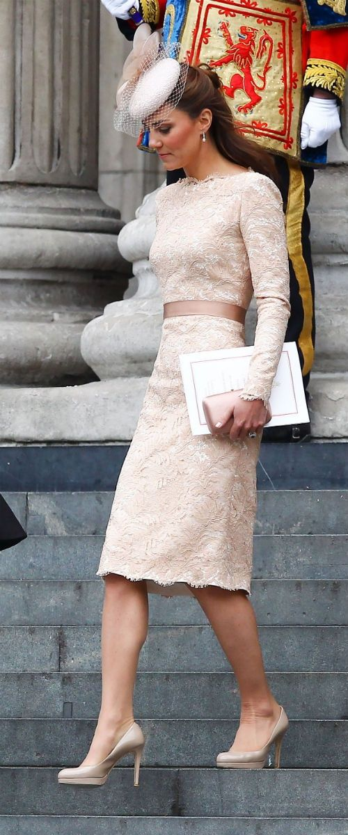 PERFECT- For wedding, Balls, fancy night out. I love everything about the dress. Not a hat fan, but Kate looks divine
