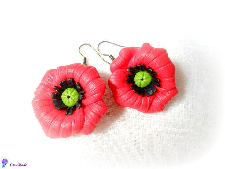 Red poppies (20 LEI la LoveMade.breslo.ro)