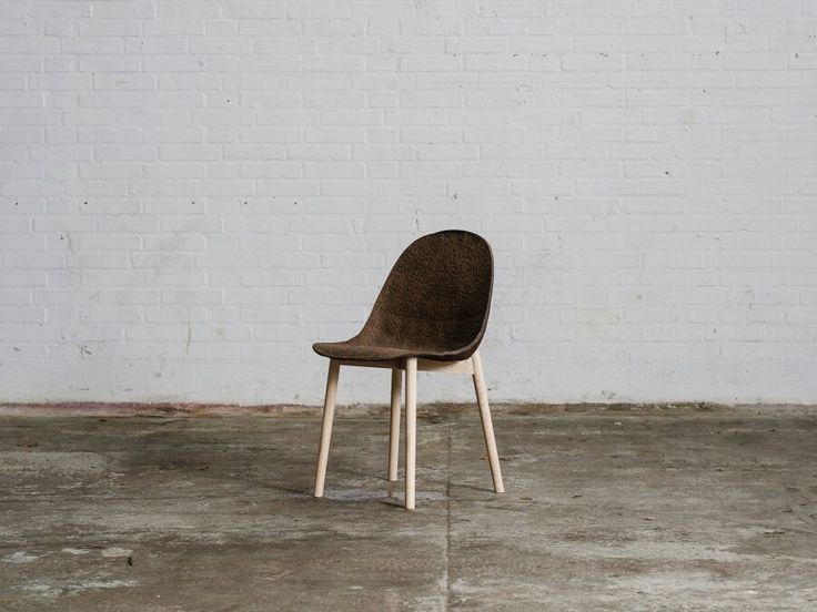 Terroir, chaise composée d'algues et de papier by Jonas Edvard
