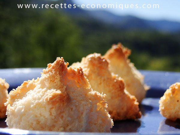Ma recette des rochers coco avec le thermomix tm31 ou à la main. Une recette au goût extra, facile, rapide et économique. Ils sont trop beaux ses rochers à la noix de coco.
