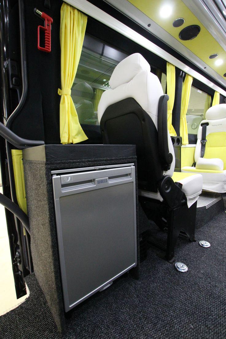 Mercedes-Benz Sprinter Tamlans Minibus, Refrigerator