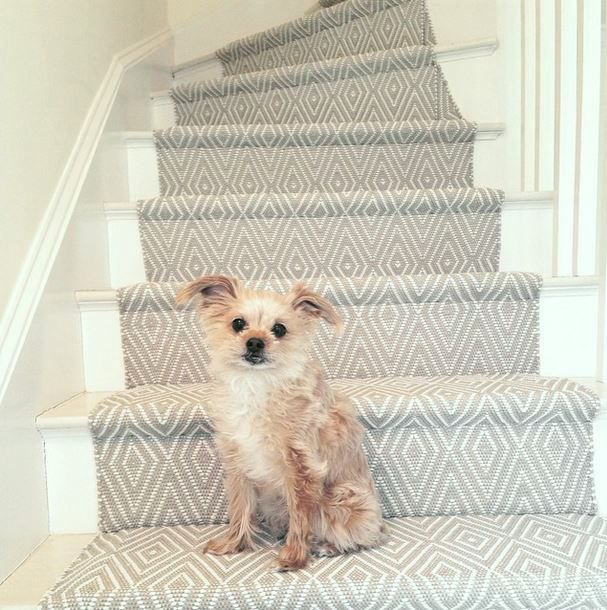 stair runner dash and albert diamond khaki