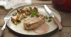 Aprende a preparar Solomillo con setas y salsa de foie con las recetas de Nestle Cocina. Elabórala en casa con nuestro sencillo paso a paso. ¡Delicioso! #NestleCocina