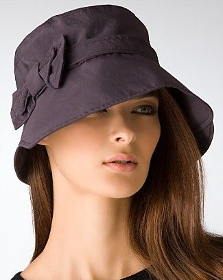 The Rain Hat  Tips for Staying Chic in the Rain !  98a20fed08b6