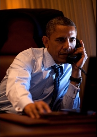President Barack Obama signed an executive order Thursday designed to make broadband infrastructure cheaper and easier to install, in a move the White House said is intended to spur innovation across regions in the United States. #Obama #executiveorder #broadband #innovation