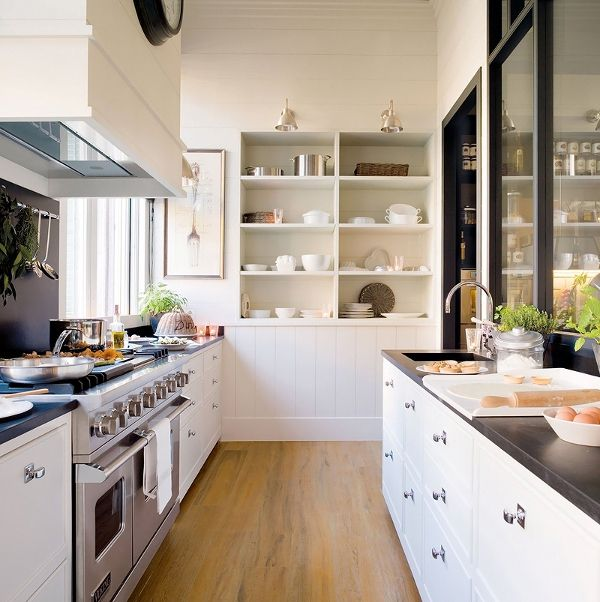 Galley kitchen.Dreams Kitchens, Open Shelves, Small Kitchens, Design Kitchen, Galley Kitchens, Open Kitchens, Organic Kitchens, White Cabinets, White Kitchens
