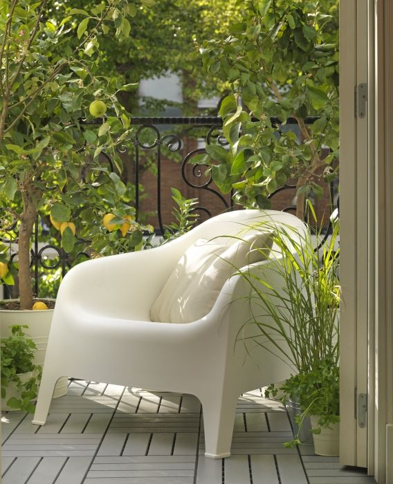 20 best ideas about plastic garden chairs on pinterest for Witte plastic tuinstoelen