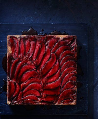 Rhubarb pie tart on a deep blue background. By Vince Noguchi for Food & Drink Magazine, LCBO