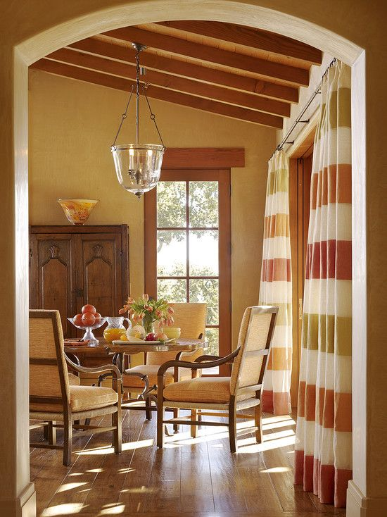 Warm: Colors Combos, Idea, Living Rooms, Warm Colors, Mediterranean Dining, Paintings Colors, Colors Wheels, House, Dining Rooms Design