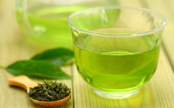 A koffeinmentes #zöld #tea rendszeres fogyasztása futással kombinálva a testsúlyt majdnem 30%-kal csökkenti