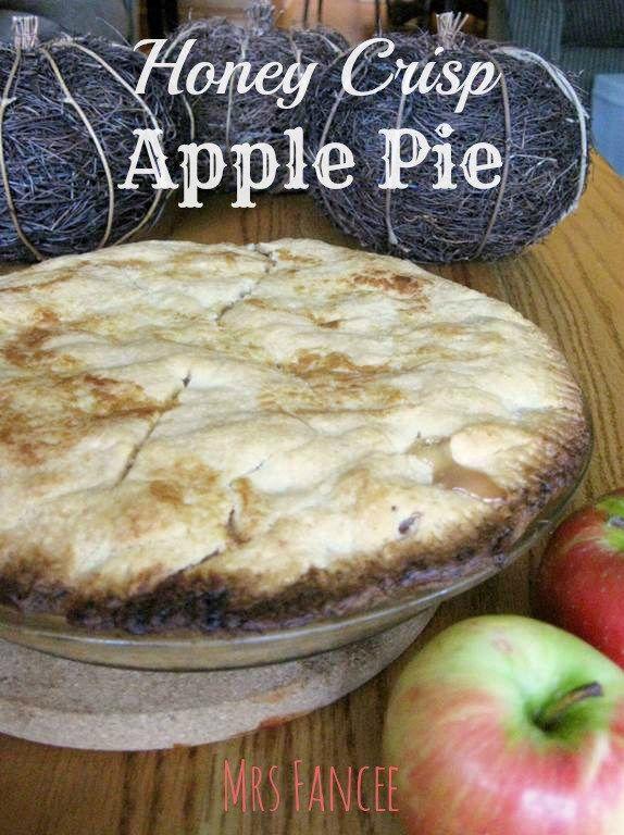Honey Crisp Apple Pie  |  Mrs. Fancee