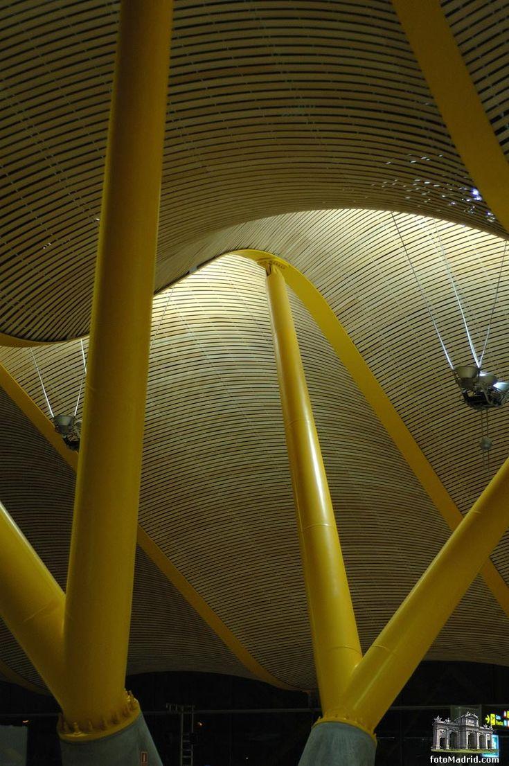 I love this a(i)r(t)port!! ...T4 Terminal - Madrid Airport Estudio Lamela
