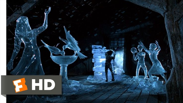 Edward Scissorhands (5/5) Movie CLIP - Kim Remembers Edward (1990) HD - The end of the movie.
