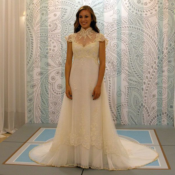 """""""Something Borrowed, Something New"""" dresses - love this w/o the high neck"""