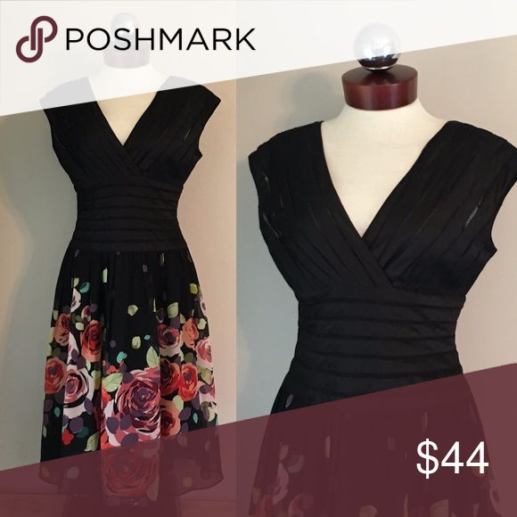 ADRIANNA PAPELL $229 Floral silk crepe dress 6 Excellent condition!   Silk.  Sheer mesh upper with opaque satin stripes.  Crepe floral printed skirt. Rear zip closure,  Bust 37 waist 31 hip open length 41 Adrianna Papell Dresses Midi
