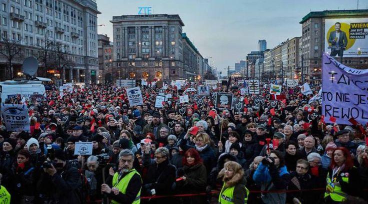 Od Warszawianek 8 marca Międzynarodowy Strajk Kobiet