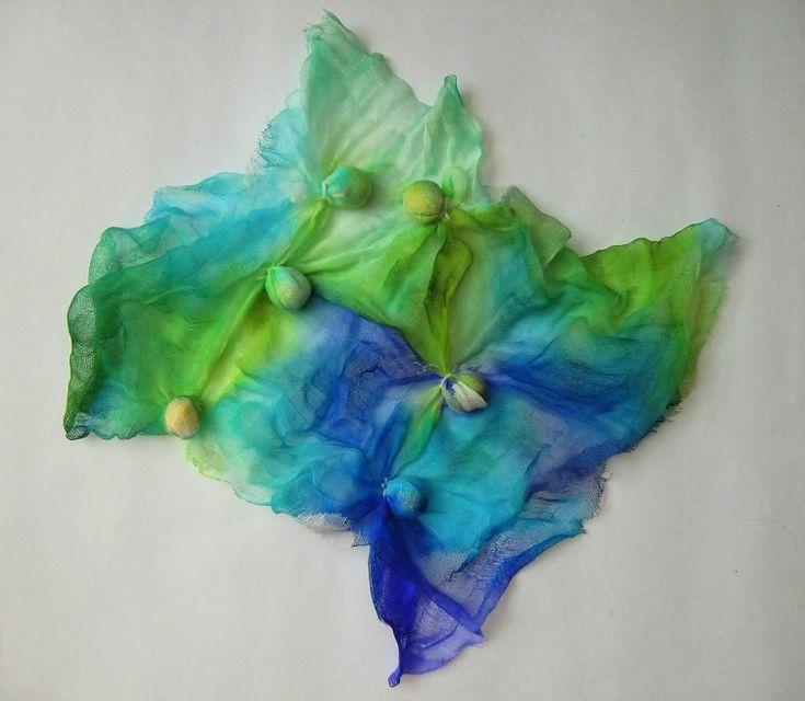 Vodní květy (vyvazovaná batika, barvení materie)
