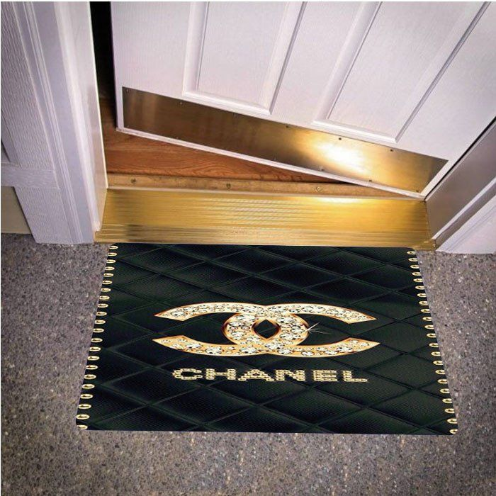 CHANEL DIAMOND BAG HOME & GARDEN Door Mats Bedroom Carpet, Bath or Door Mats Durable commercial grade polyester surface fabric and state of the art dye-print technology.Quality construction includes safe, non-slip strong rubber backing provides maximum durability.Cleans easily with mild soap and an outdoor hose, no bleach; air dry.Suitable for indoor or outdoor use.Standard Size doormat measures 50cm x 80cm and 40cm x 60cm . workmanship doormats: 3-5 days and delivery for USA : 12-15 days
