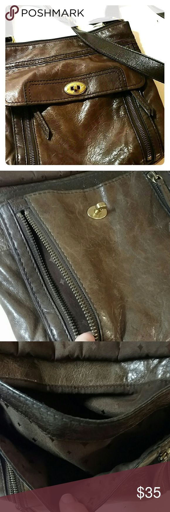 Fossil Cross Body bag Dark brown well worn leather, lots of pockets, back side has some darker coloring , see last photo Fossil Bags Crossbody Bags