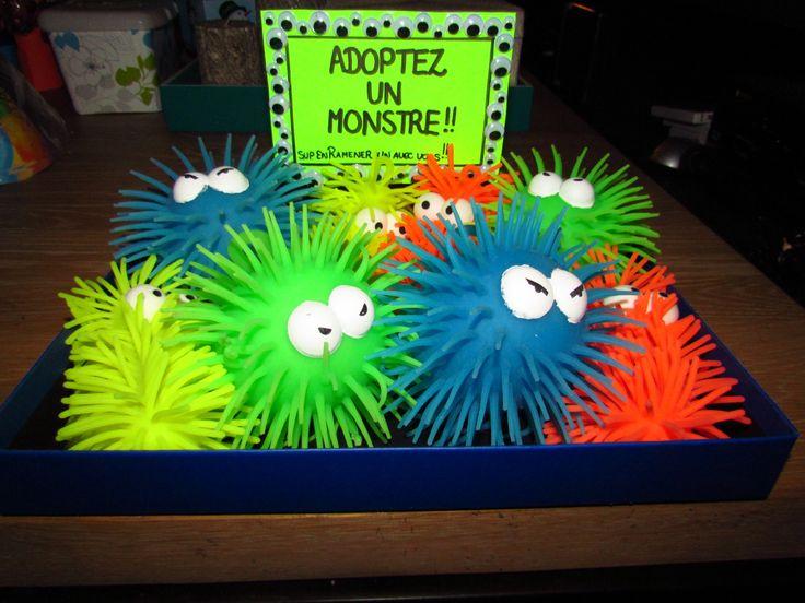Une autre petite attention pour les mini convives présents à la fête de mon fils!!! A ma grande surprise, je crois que ça été le coup-de-coeur des enfants présents, lol!   Adopt a monster! ;)