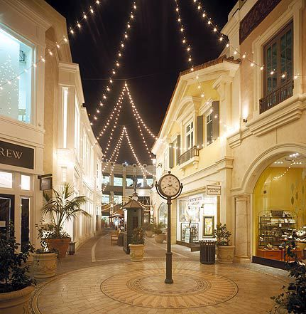 The Grove, Los Angeles shopping centere