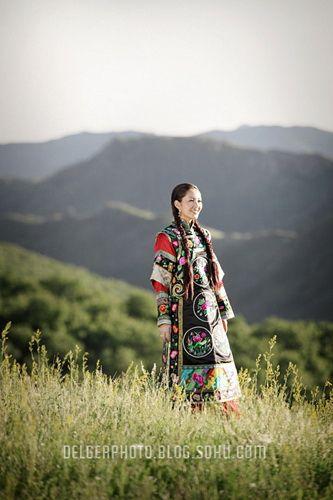inner-mongolia - mongolian young couple wedding photos - by khoshutsuld