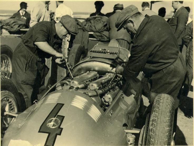 Hermann Lang - Mercedes-Benz W154. Gran Premio del Gral Perón y la Ciudad de Buenos Aires 1951