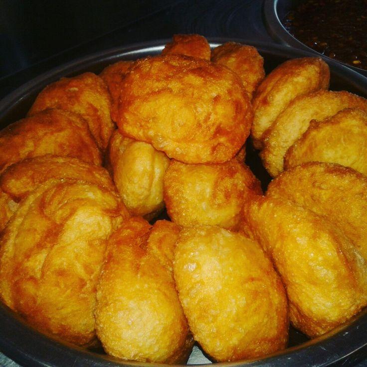 Fat cakes yummy! (Magwenya)
