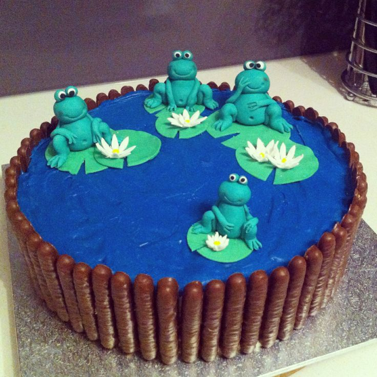 Frog in a pond cake