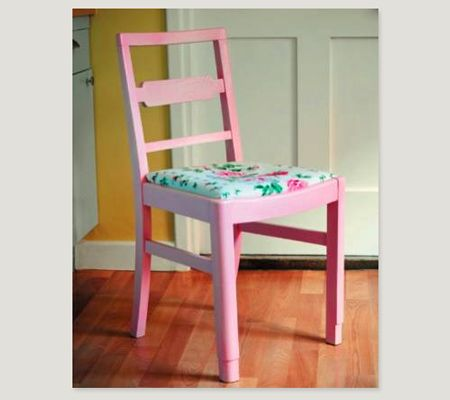 need to find old chairs like this for my kitchen and paint it a different color
