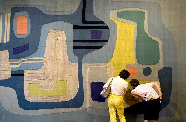 A wonderful tapestry by Brazilian  landscape architect & artist Roberto Burle Marx (1909-1994). via Laura Divenere Interiors