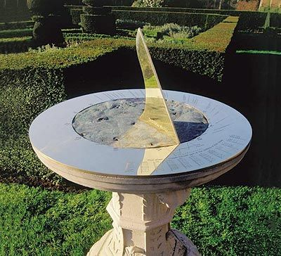 High Quality A Traditional Horizontal Sundial Personalized To Commemorate The Battle Of  Trafalgar, Nelsonu0027s Fight Against The