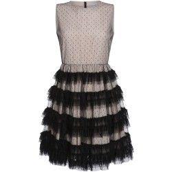 Beiges Kleid mit Rock in Stufen-Optik von Red Valentino . zu mieten bei dresscoded.com.#dresscoded