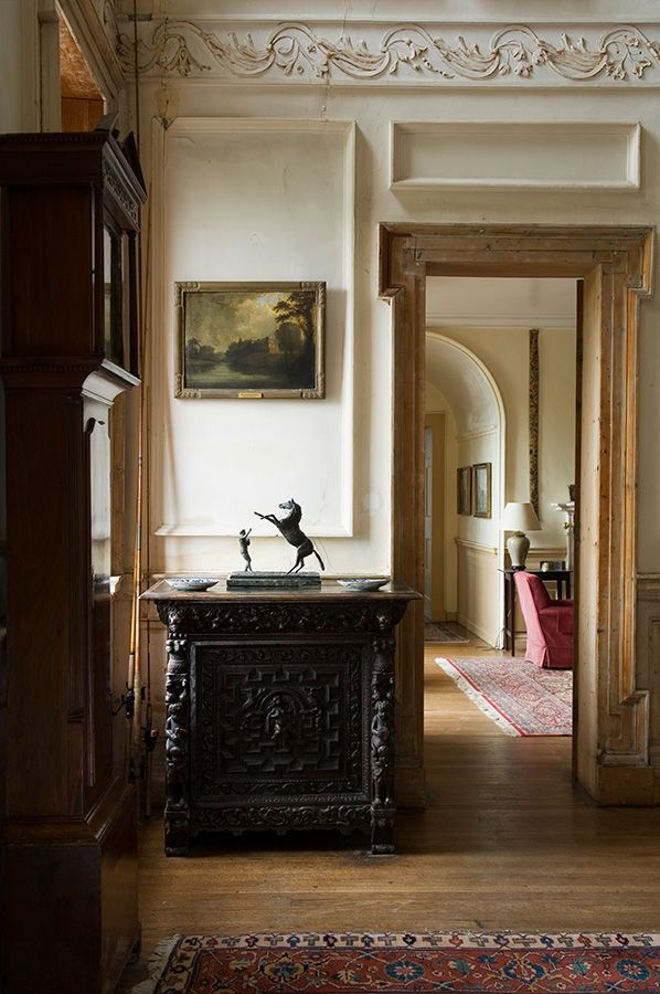 Alessandra Branca for AD: Country houses, Ireland. Todhunter Earle interiors.