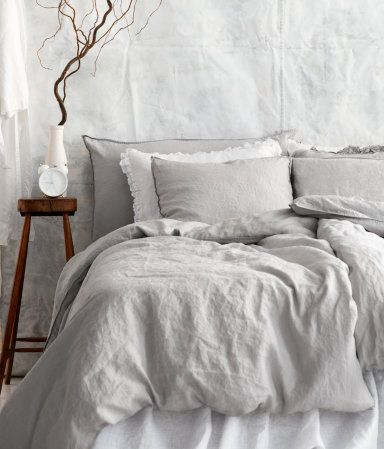 H & M Linen Duvet in Light Grey : FINALLLY a grey that's the right shade...Thanks for pinning, Marie!!