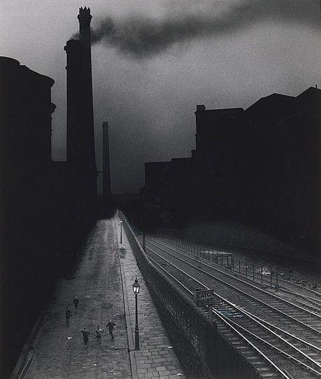 Bill Brandt, Halifax, 1937.