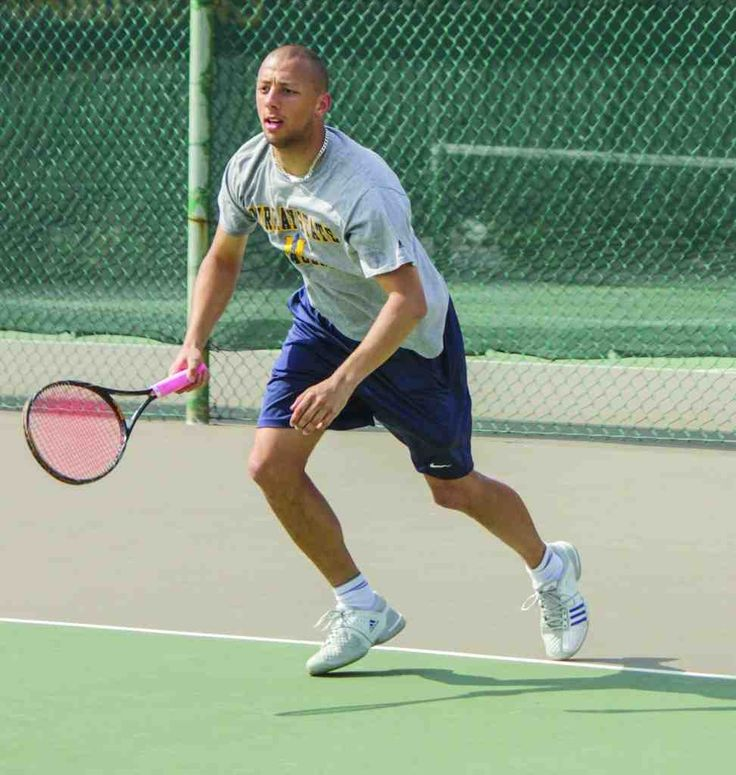 Short Tennis Players