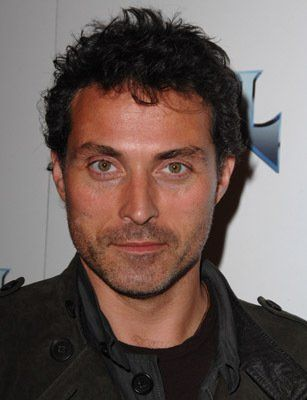 Rufus Sewell for Demandred