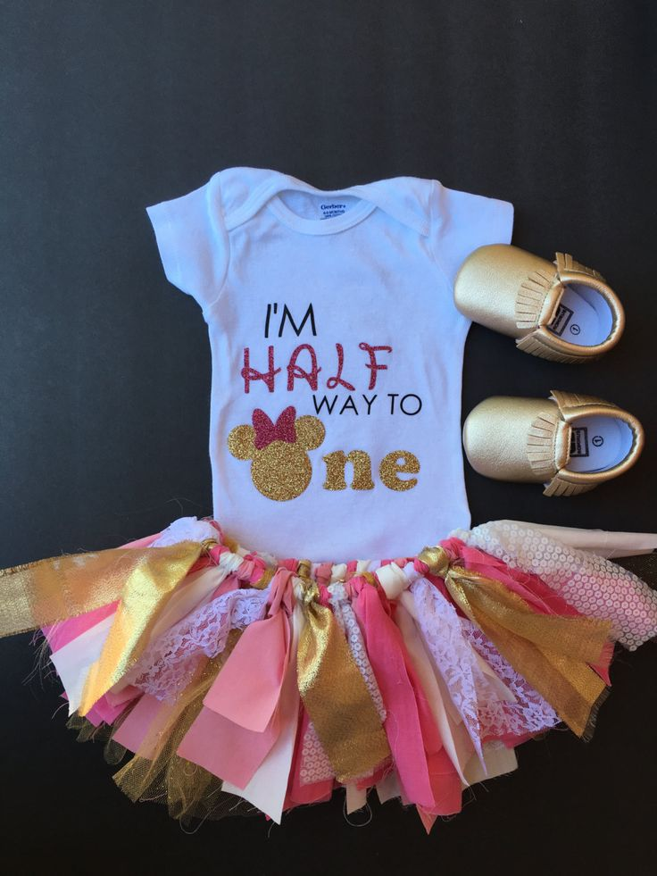 Halfway to one, Half birthday, Half way to one, minnie mouse party, minnie mouse cake smash, pink and gold, Half birthday, 6 month birthday by FoxyLittleRascals on Etsy https://www.etsy.com/listing/398386955/halfway-to-one-half-birthday-half-way-to