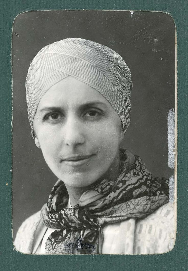 "Karen Blixen: ""All sorrows can be borne if you put them into a story or tell a story about them"". The picture is an old passport photo."
