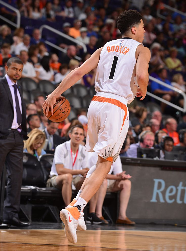 Devin Booker had 14 points, 2 rebounds and 7 assists in the game with Utah on 4/3/16. Barry Gossage-#SunsVsJazz