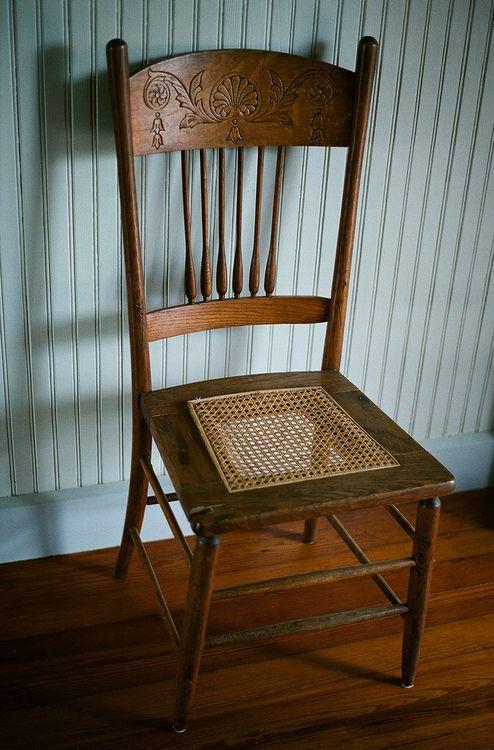 Wooden Chair (by La Branĉaro)