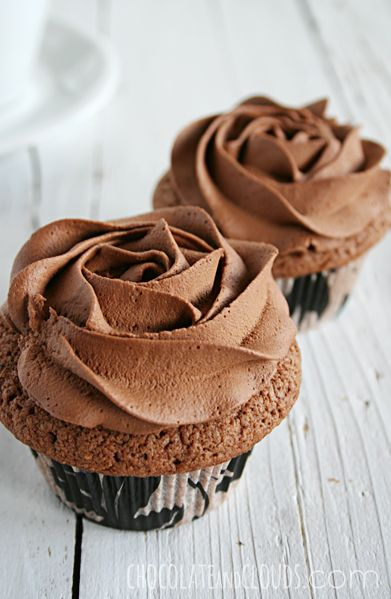 chocOlate cupcakes with rose chocolate frosting