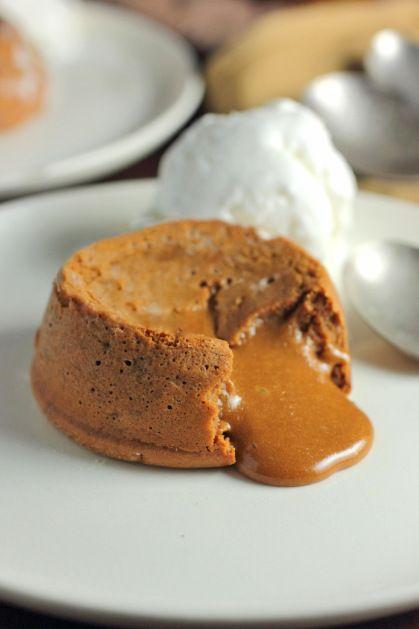 Dulce de Leche Cakes